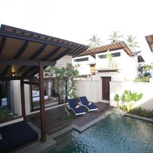 katamaran pool 1
