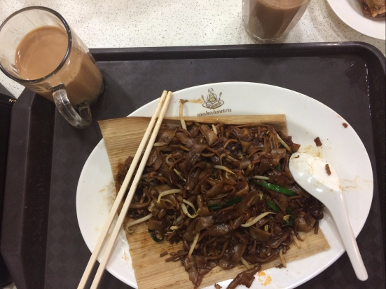 kway teow goreng - makansutra gluttons by the bay
