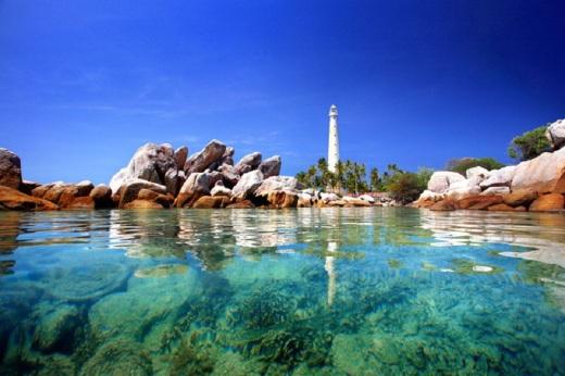 pulau lengkuas (source by google)
